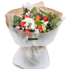 [꽃다발]귀여운여인 이미지