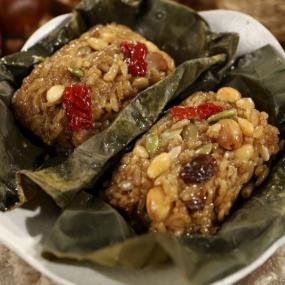 [정월대보름] 어디서나 간편하게 즐기는 영양 건강식 숨쉬는 연잎약밥 (80g) 무료배송 이미지