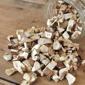 어떤 요리에도 간편하게! 국내산 유기농 건표고버섯 (깍두기) 60g [자연두레] 이미지